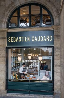 La pâtisserie des Tuileries, rue des Pyramides. DR.